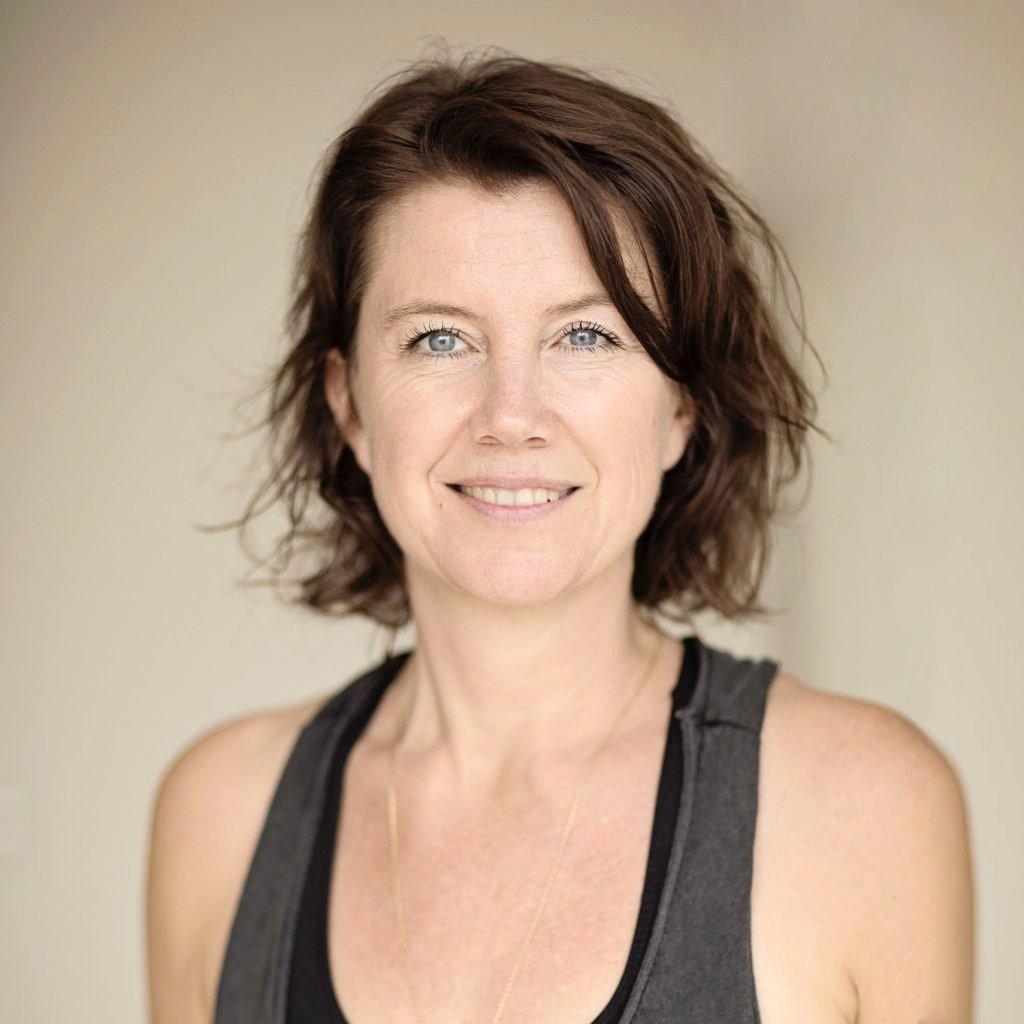 Helder Yoga - Rachel Theuns